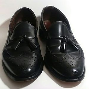 Allen Edmonds Black Tassle Wingtips Work or Formal
